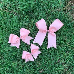 Peach petal bows